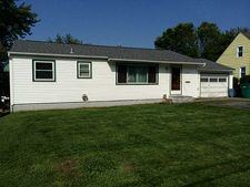 416 Indiana Ave, Farrell, PA 16121