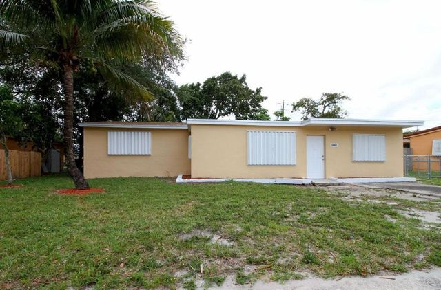 Home For Rent 1860 Nw 184th St Miami Gardens Fl 33056