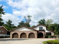 8460 Brecksville Rd, Brecksville, OH 44141