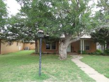 217 S Cordell Ave, Cordell, OK 73632