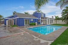 825 Sunningdale Dr, Oceanside, CA 92057