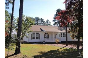 379 Argonne Rd, Southport, NC 28461