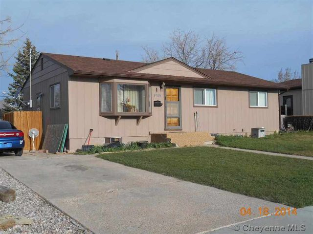 4908 powderhouse rd cheyenne wy 82009 for Cheyenne houses