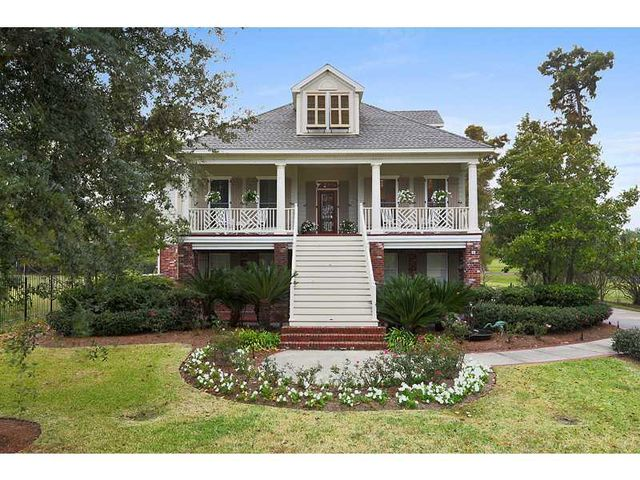 8 oak hills ln new orleans la 70131 for Louisiana style home designs