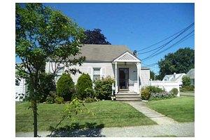 73 Hagaman St, Prt Read, NJ 07064