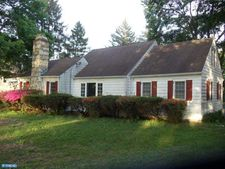 3385 Paper Mill Rd, Huntingdon Valley, PA 19006