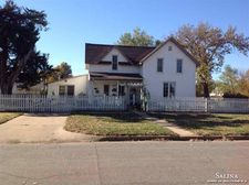 615 Delia Ave, Minneapolis, KS 67467