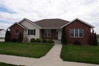 4152 Pinehurst Pl, Columbus, NE 68601