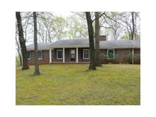 182 Rolling Meadows Dr, Cleveland, GA 30528