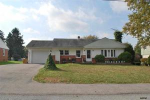 3450 Sycamore Rd, Dover, PA 17315