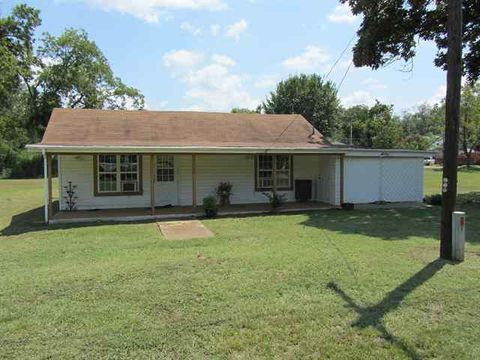 Photo of 410 Main St, Boswell, OK 74727