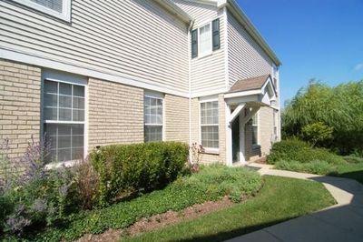 547 Springbrook Trl N, Oswego, IL