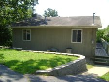 325 Lakeside Dr, Shell Knob, MO 65747