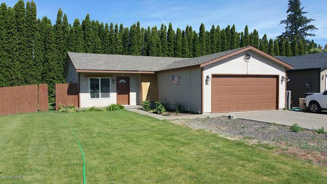 2211 s 65th ave yakima wa 98903 home for sale and real