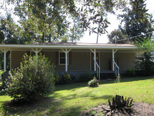 111 Ridgeview Dr, Carriere, MS