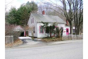 40 Pleasant St, Dayville, CT 06241
