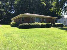 2429 Westover Dr, Reidsville, NC 27320