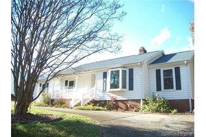 2344 Amity Ave, Gastonia, NC 28054