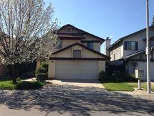 521 E Alluvial Ave, Fresno, CA 93720