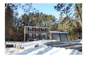 2745 Northwood Rd, Village of Suamico, WI 54313