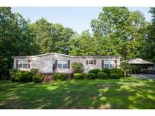 6602 Forest Grove Dr, Snow Camp, NC 27349