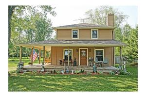 4814 E Lake Rd, Sheffield Lake, OH 44054