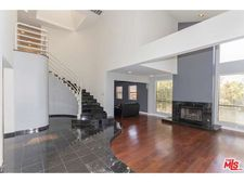 100 N Crescent Heights Blvd, Los Angeles, CA 90048