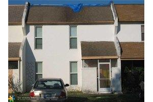 1308 Silverado, North Lauderdale, FL 33068