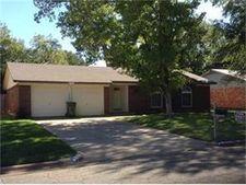 2605 Kingston St, Arlington, TX 76015