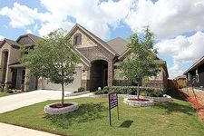 3941 Hollow Lake Rd, Roanoke, TX 76262