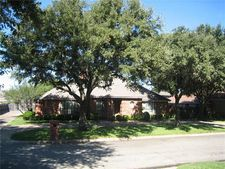 6620 Country Day Trl, Benbrook, TX 76132