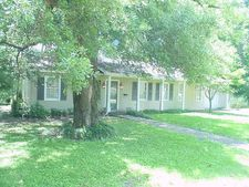 300 Cypress Dr, Indianola, MS 38751