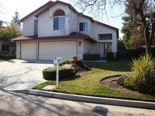 969 E Edgemont Dr, Fresno, CA 93720