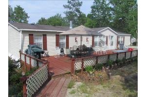 628 Willie Wilson Rd, Eastover, SC 29044