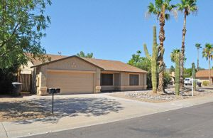 Photo of 10670 E Sahuaro Dr, Scottsdale, AZ 85259