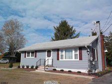 8 Uhland Ave, Upper Deerfield Township, NJ 08302