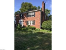 1731 Oberlin Ct Nw, Canton, OH 44703