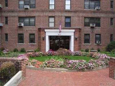 6771 Yellowstone Blvd Apt 3N, Forest Hills, NY