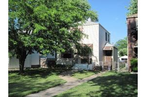 4121 Clinton Ave, STICKNEY, IL 60402