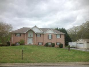 80 Oak Valley Dr, Spring Hill, TN