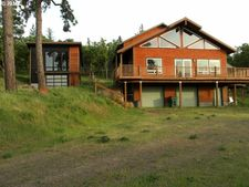 2704 Dry Creek Rd, Mosier, OR 97040