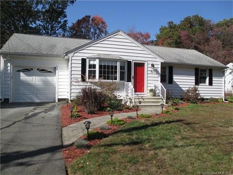 38 Howe St, North Haven, CT 06473