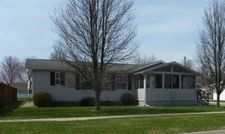 325 S 10Th St, Albia, IA 52531