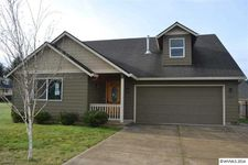 1460 Avery Dr Ne, Silverton, OR 97381