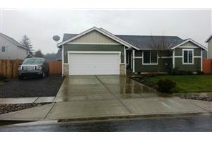 200 Leif Dr, Kelso, WA 98626