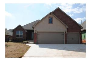 1113 Samantha Lane, Moore, OK 73160