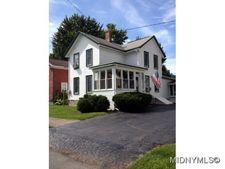 384 Stone St, Oneida, NY 13421