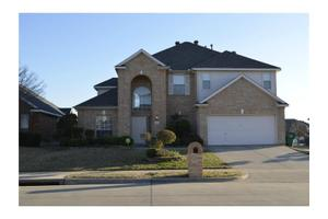 5320 Ridge View Dr, Watauga, TX 76137