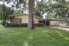 5110 Viking Dr, Houston, TX 77092