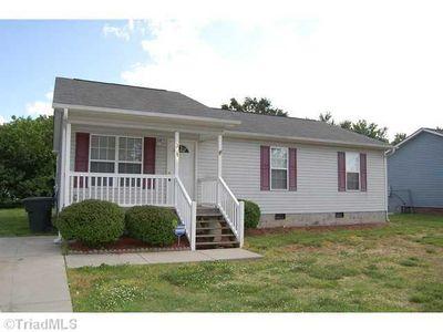 3910 Holts Chapel Rd, Greensboro, NC
